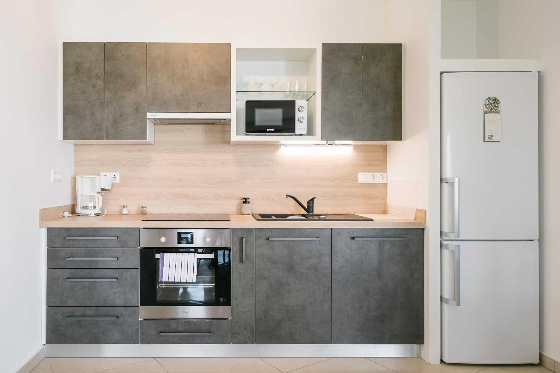 Prémium minőségű vízparti balatoni panorámás Apartmanok Keszthely - konyha.