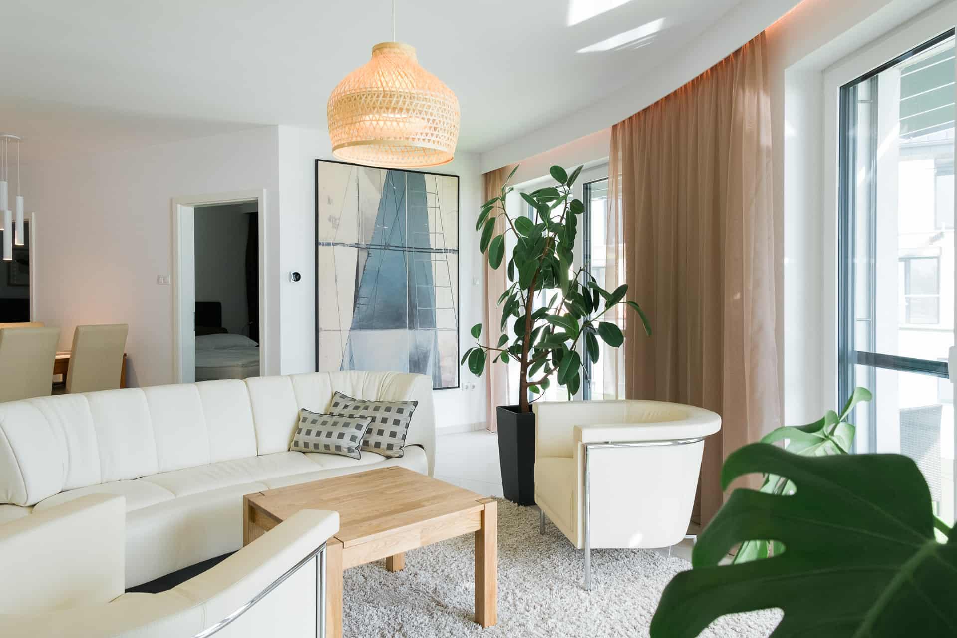 Vízparti balatoni panorámás Apartmanok Keszthely - nappali , háló, érkező.